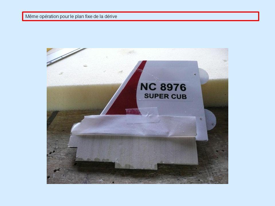 Pose et collage du stabilisateur, il est nécessaire afin dassurer un bon postionnement de place le plan fixe de la dérive ( sans colle ), celui-ci sem
