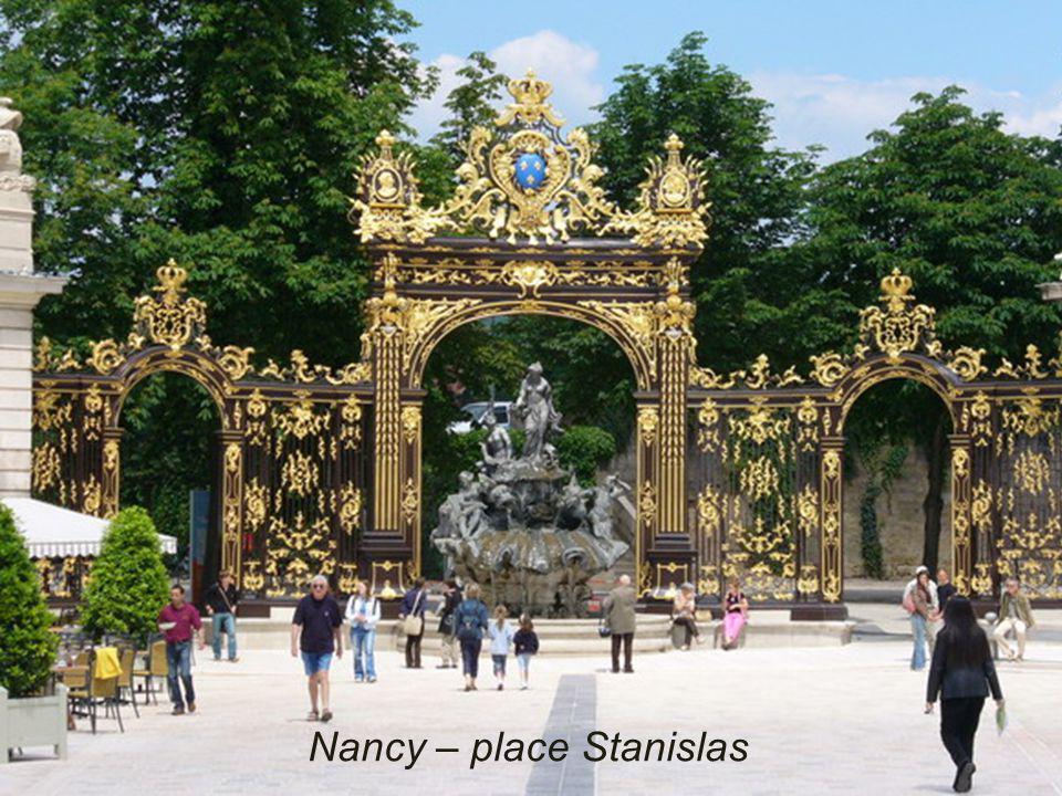 Nancy – place Stan – la Préfecture