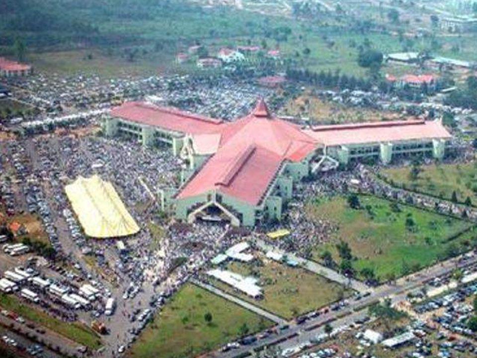 Léglise la plus grande Chapel Canaanland, Otta, Nigeria, África.