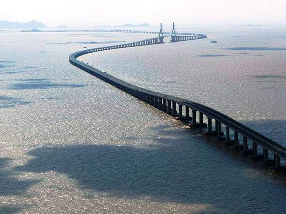 Le pont le plus large du monde Pont Donghai, Chine. 32,5 kilomètres.