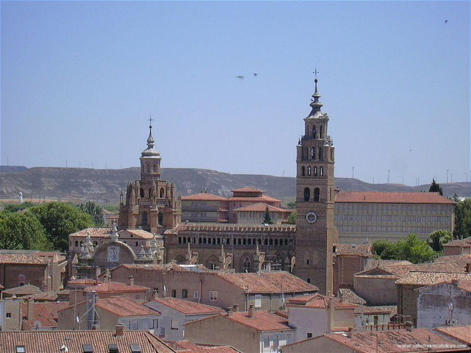 Cathedrale de Tarazona 1162-1232 Construction architectural gothique, mudéjar, Renaissance La cathédrale de Notre Dame du jardin de Tarazona (province