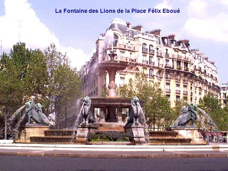 La Fontaine des Lions de la Place Félix Eboué
