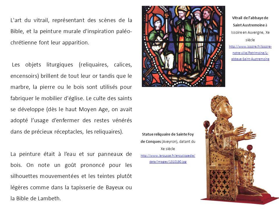 L'art du vitrail, représentant des scènes de la Bible, et la peinture murale d'inspiration paléo- chrétienne font leur apparition. Les objets liturgiq