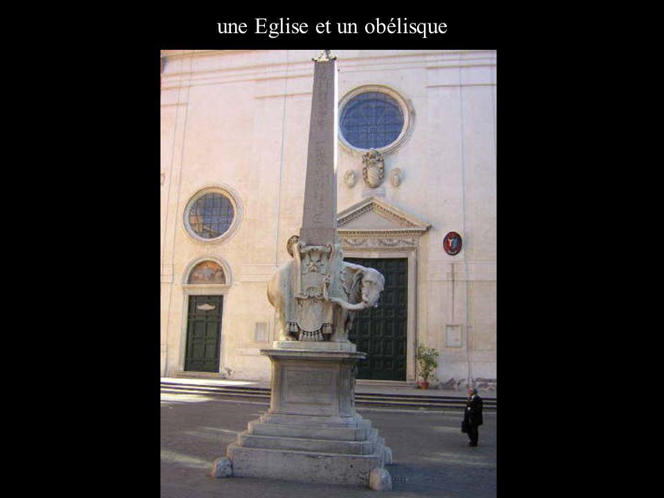 une Eglise et un obélisque
