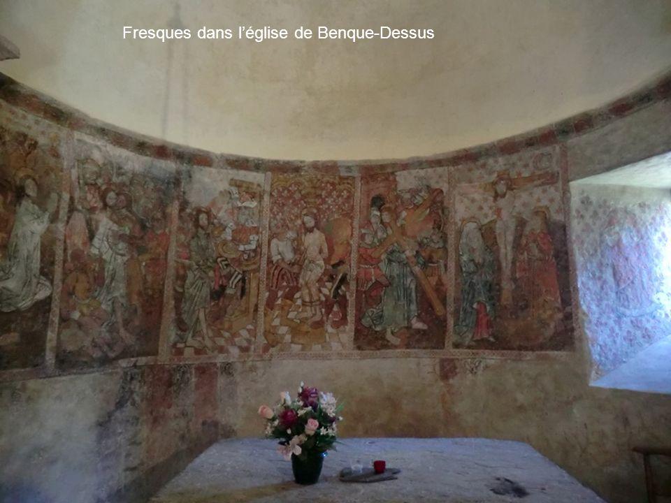 Fresques dans léglise de Benque-Dessus