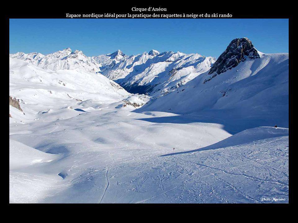 .... En hiver Cest une vallée où le ski est à lhonneur avec ses stations de ski dArtouste-Fabrèges et Gourette.