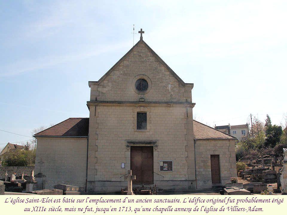 Léglise Saint-Eloi est bâtie sur lemplacement dun ancien sanctuaire.