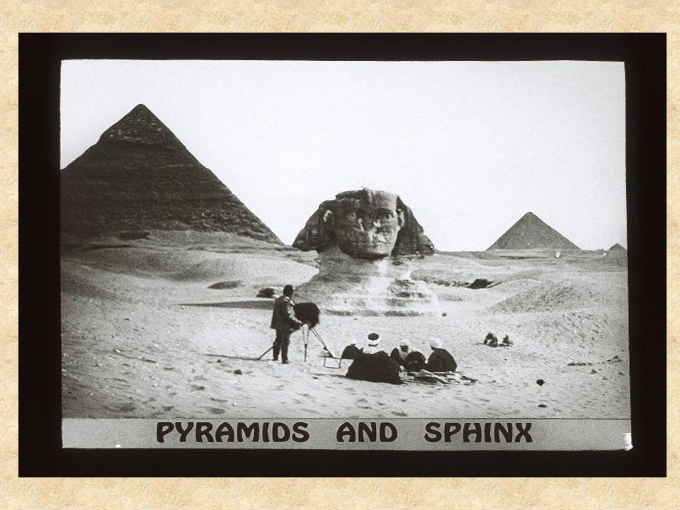 Ces simulations informatiques, tirées d un documentaire de la télévision américaine Mystery of the Sphinx, montrent comment, selon Robert Schoch, le Sphinx a vieilli.