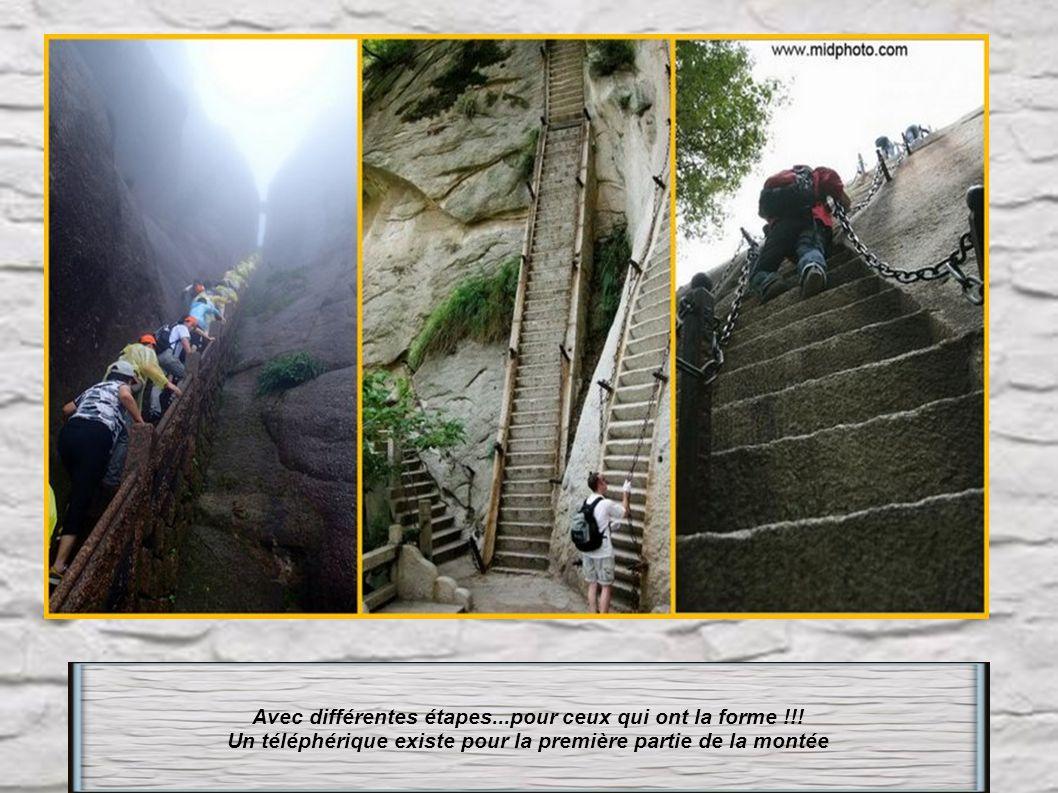 Chine : 4000 marches pour atteindre le sommet du Pic du Lotus, le Pic le plus élevé à 1864m, des77 monts Huang shan Pour tous les monts des escaliers