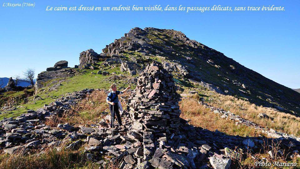 ....... Un cairn, cest un tas de cailloux, représentant un rêve, un effort, un sacrifice et beaucoup plus parfois.