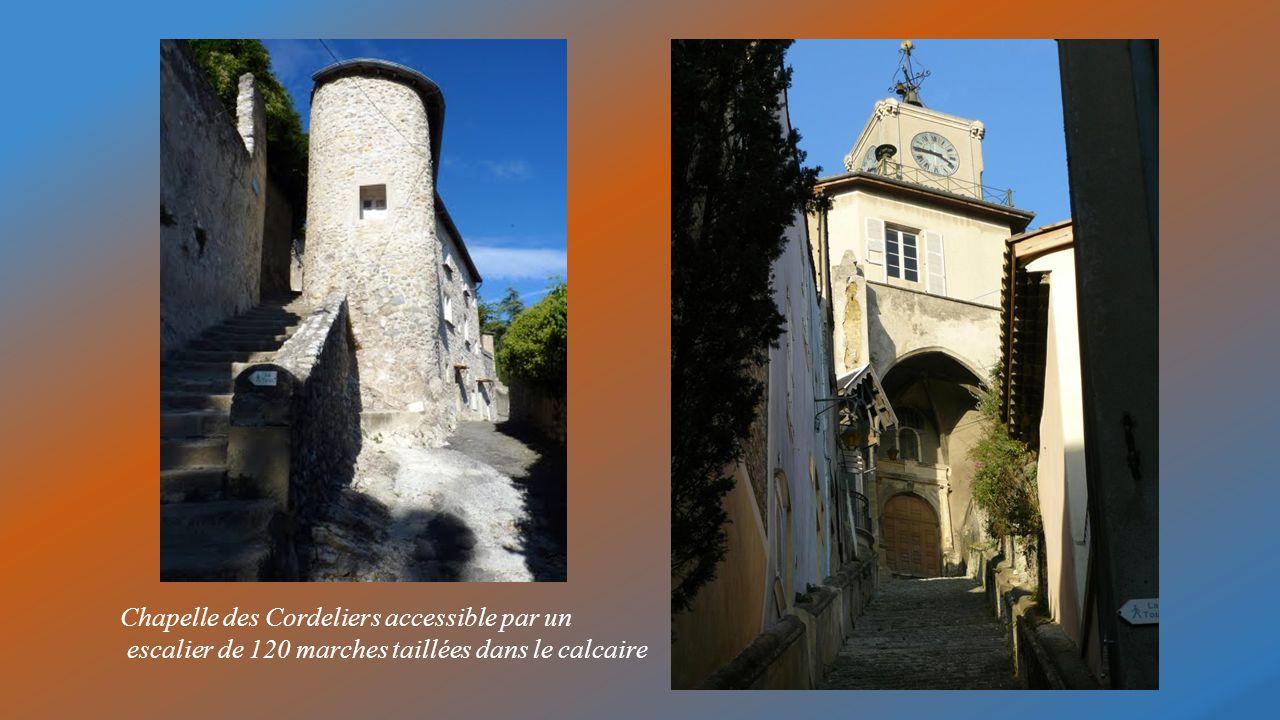 Salle supérieure de la Tour de Crest église Saint Sauveur