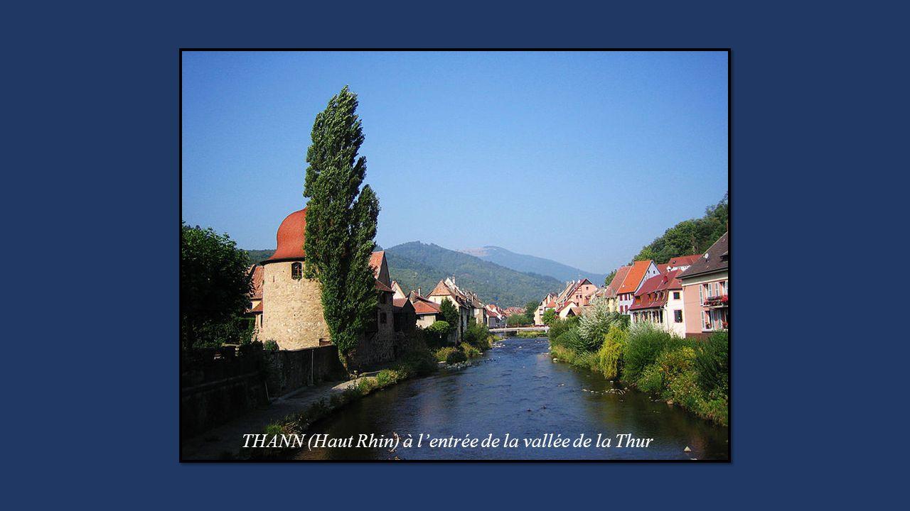 THANN (Haut Rhin) à lentrée de la vallée de la Thur
