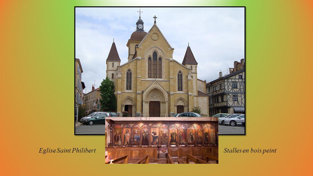 CHARLIEU (Loire) cité moyenâgeuse en Rhône-Alpes
