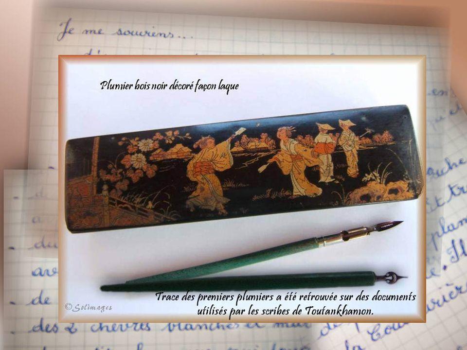 Le buvard, longue bande de papier enroulée sur un support en carton et retenue par une agrafe métallique Le taille-crayon, invention française (vers 1791) Ce modèle (brevet 1847) est composé de 2 parties assemblées par une vis entre lesquelles est fixée une lame