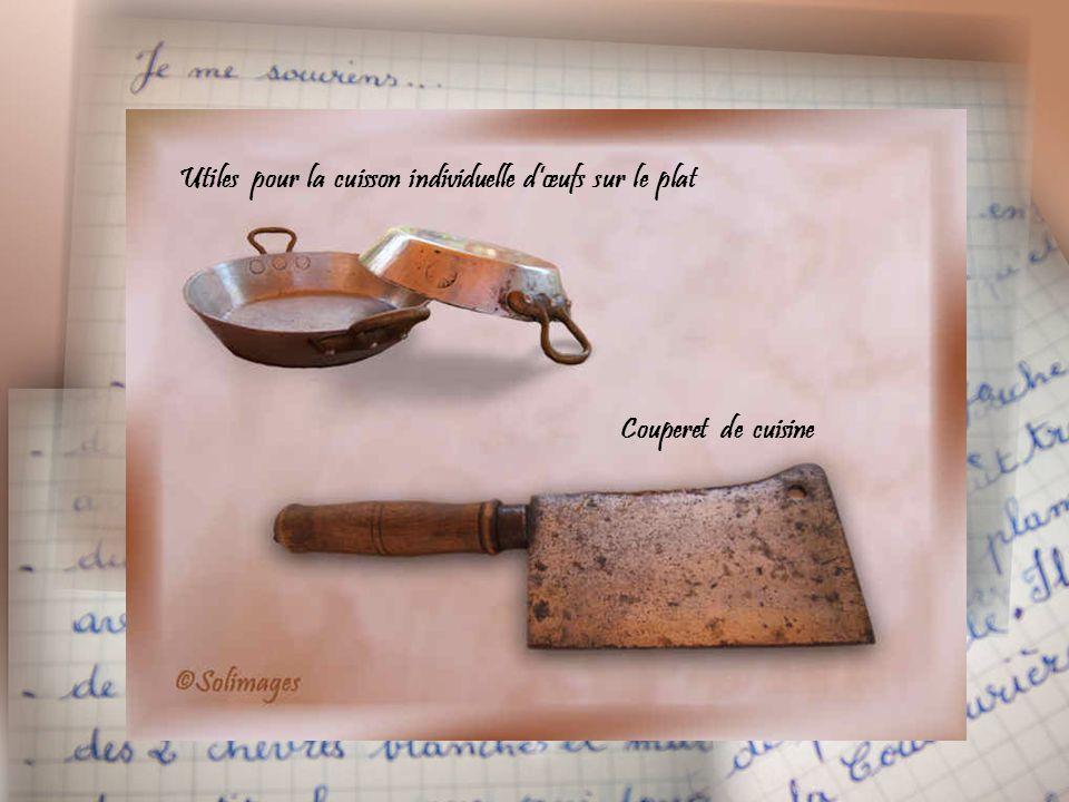 Pressoir de ménage en bois dur poli avec vis acier, claie mobile cerclée fer, socle avec gouttière pour écoulement du jus, pieds en fer percés pour fi