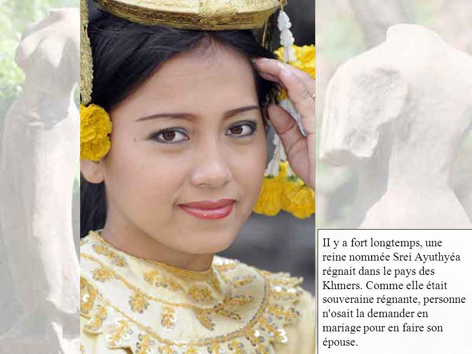 La plus haute s'appelle Phnom Srei, « colline-des-femmes », et la moins haute est dénommée Phnom Pros, « colline-des-hommes ».Voici la légende concern