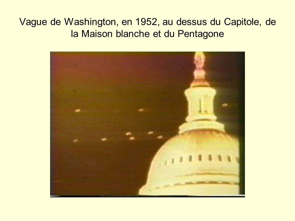 Vague de Washington, en 1952, au dessus du Capitole, de la Maison blanche et du Pentagone