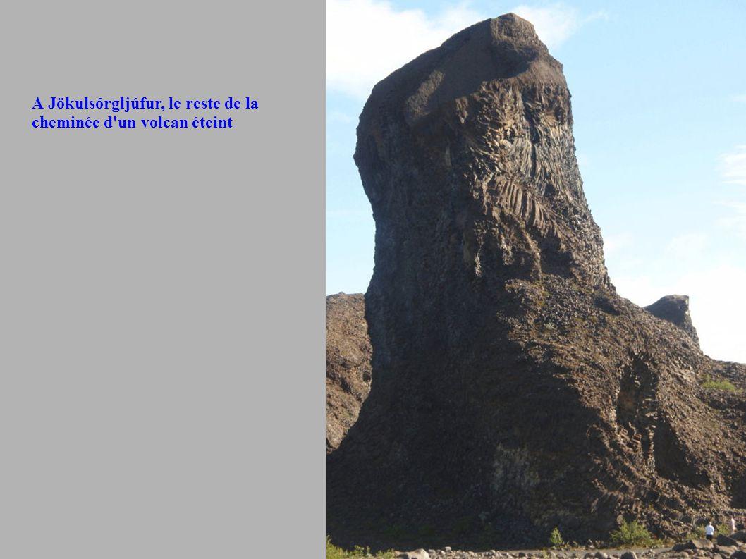 A Jökulsórgljúfur, le reste de la cheminée d'un volcan éteint