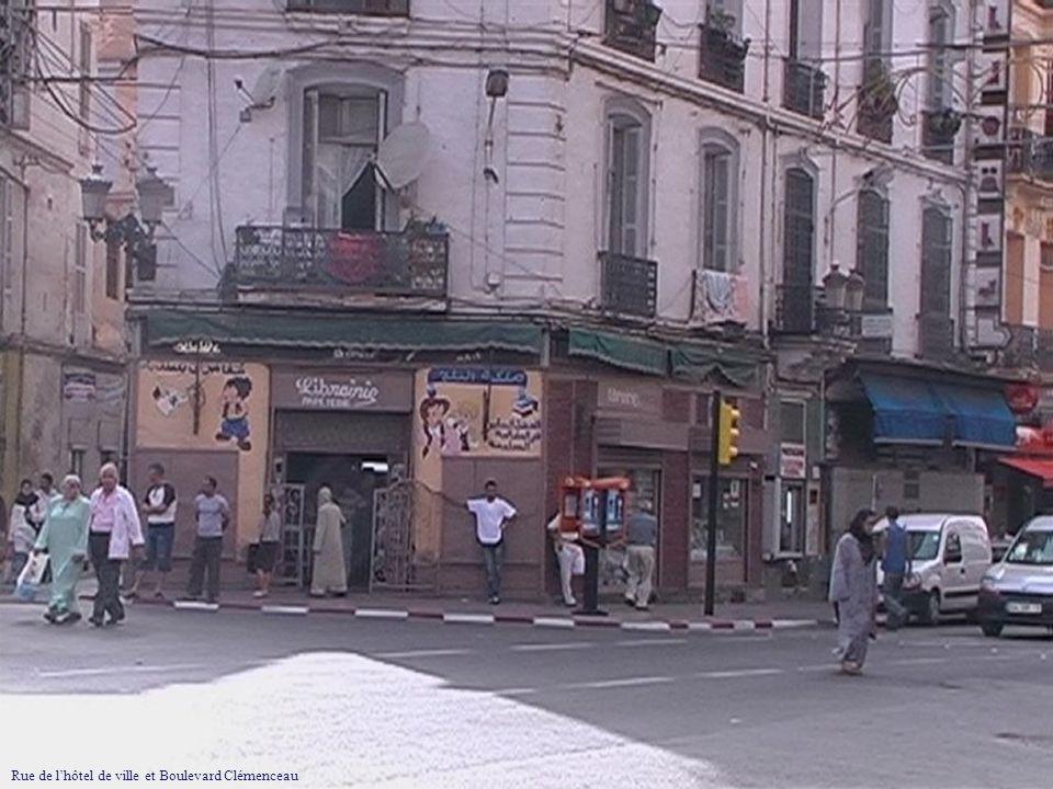Rue de lhôtel de ville et Boulevard Clémenceau