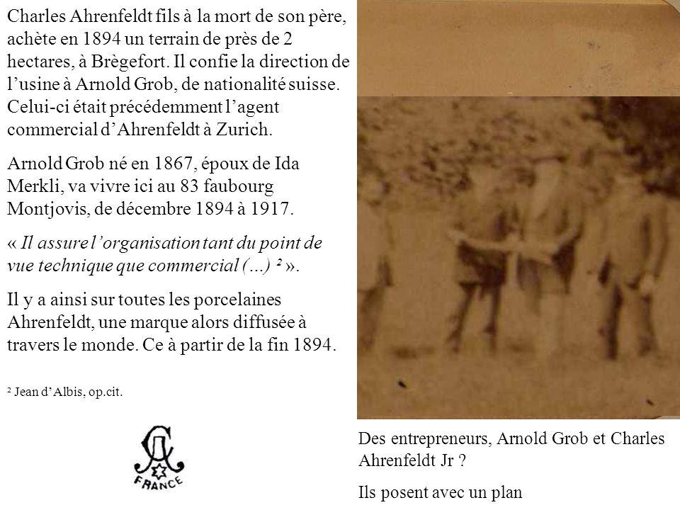 Début des travaux, septembre 18943 mois après, décembre 1894 Des entrepreneurs, Arnold Grob et Charles Ahrenfeldt Jr ? Ils posent avec un plan Charles