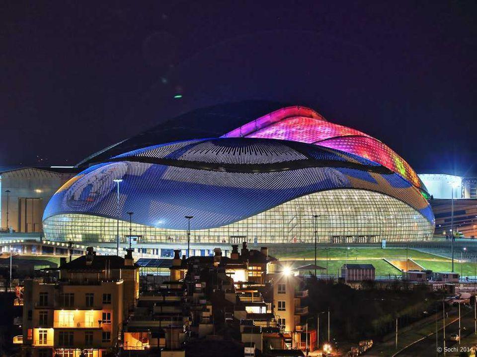 Le Grand Palais des glaces, Sotchi 2014.Son nom reflète la taille et l état de l immeuble.