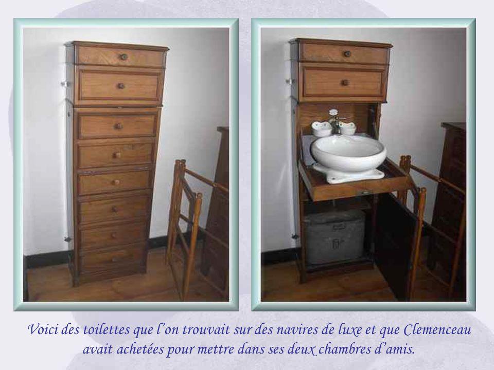 « La Bicoque » abritait deux chambres damis pour les visiteurs quil affectionnait particulièrement. On aperçoit au pied du lit, une sorte de « semaini