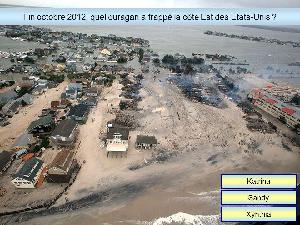 19 km 29 km 39 km Le 14 octobre 2012, de quelle altitude a sauté Felix Baumgartner .