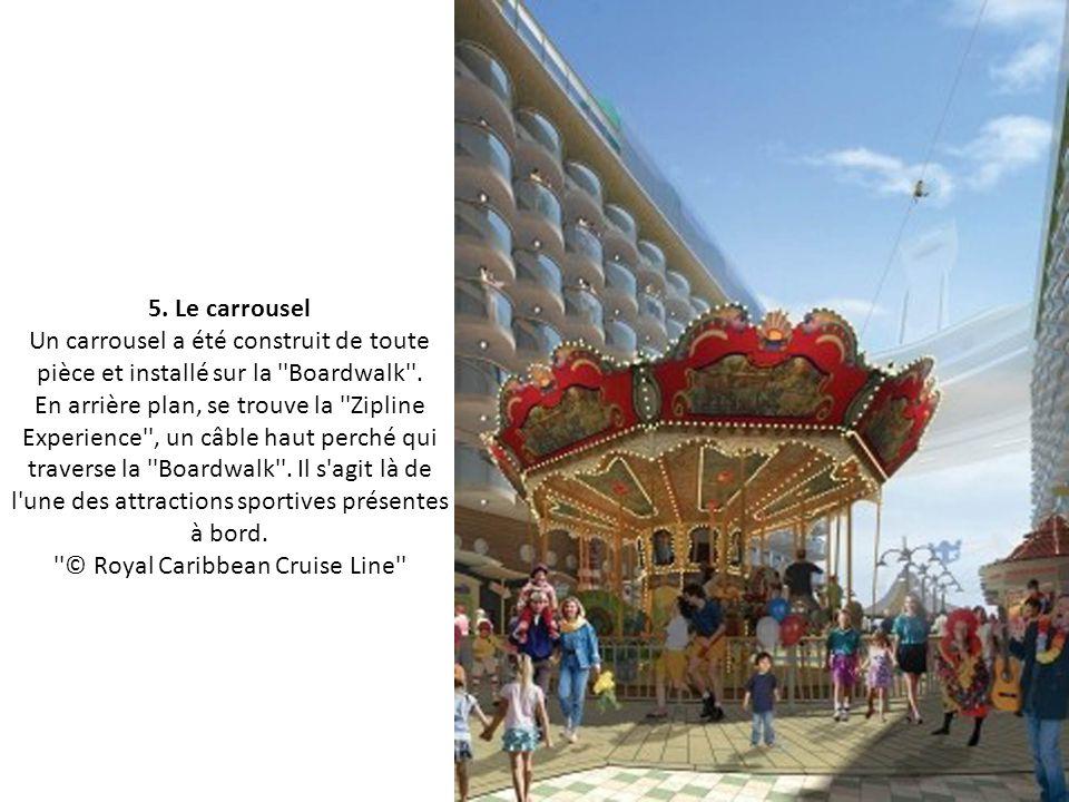 4. La rue piétonne En plein milieu du bateau, au cœur des suites, se situe la ''Boardwalk'', véritable rue piétonne et marchande, avec ses cafés et se