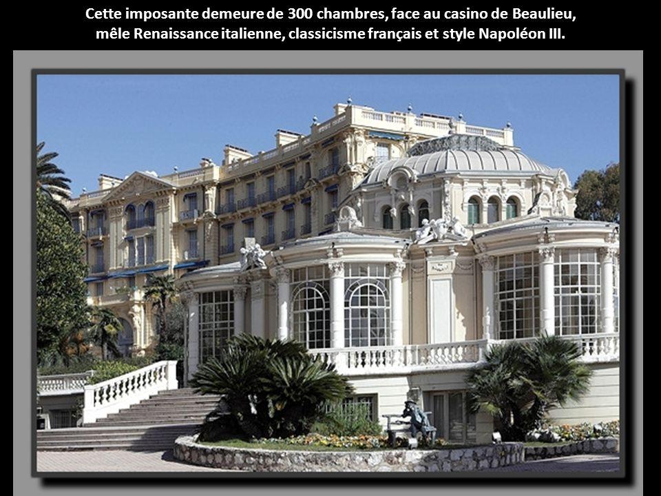 Entre ambiance méditerranéenne et style british, le luxueux hôtel Belles Rives donnera naissance au style néoprovençal