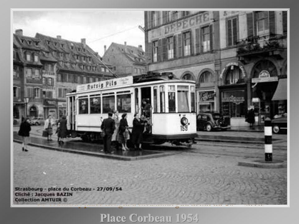 Le Tramway place Broglie à Strasbourg au début du 20 ème siècle