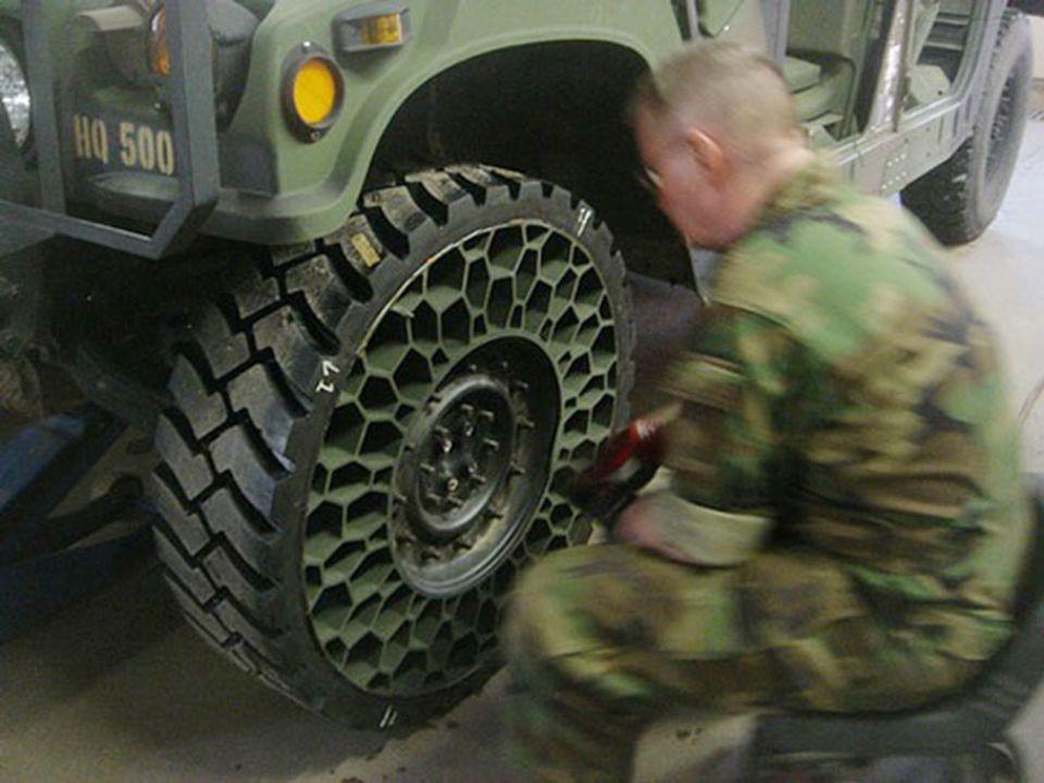 Des nouveaux pneus étonnants...Un look qui fait peur...