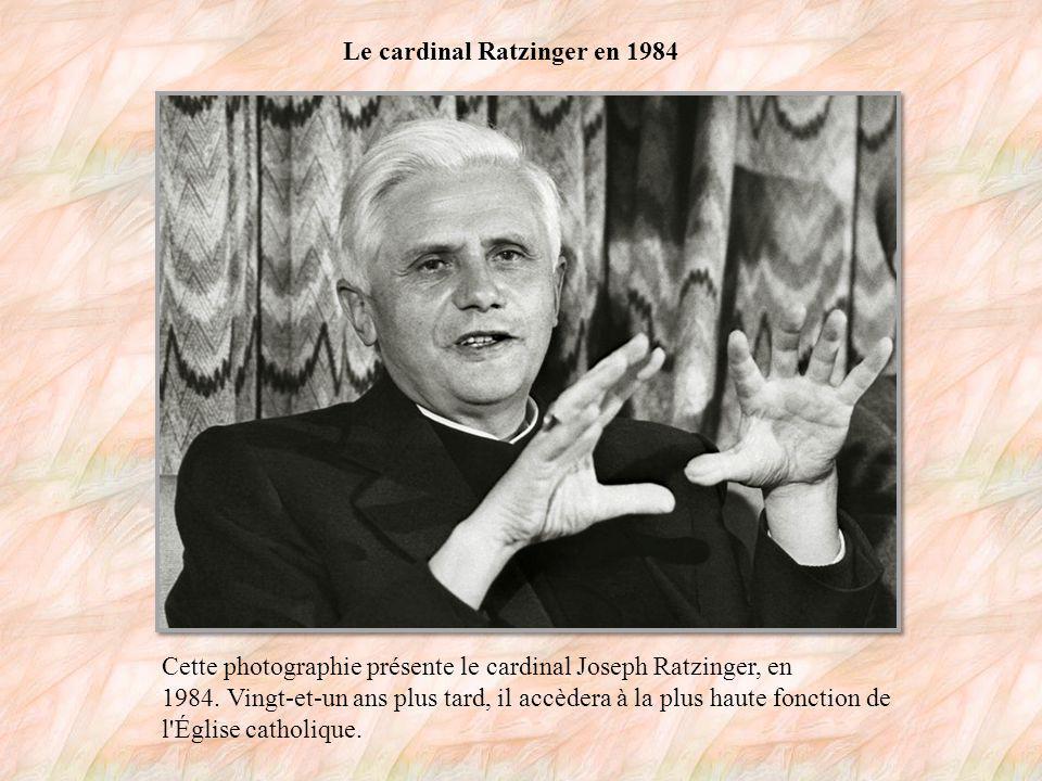 Joseph Ratzinger, archevêque en 1977 C est le 28 mai 1977, à l âge de 50 ans, que Joseph Ratzinger devient archevêque de Munich et Berlin.