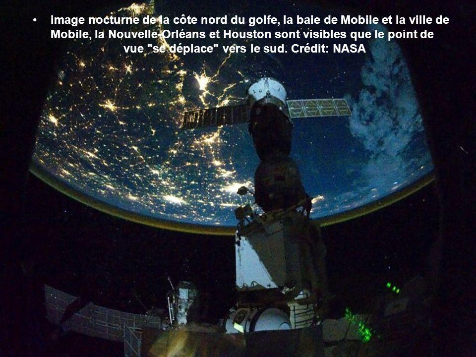 Certaines parties de l'Europe et l'Afrique sont très facilement reconnaissable dans cette image prise de nuit de l'ISS. Crédit: NASA lItalie et la Sic