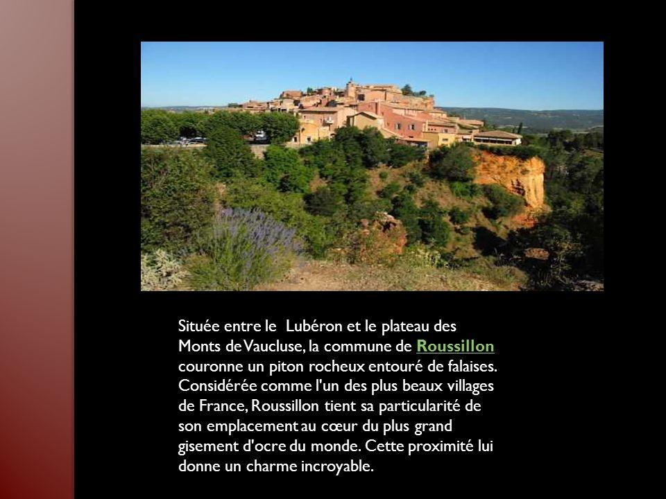 Située en bordure de la vallée du Rhône, entourée de montagnes, la petite ville de Nyons est notamment connue pour sa Tour Randonne, une surprenante c