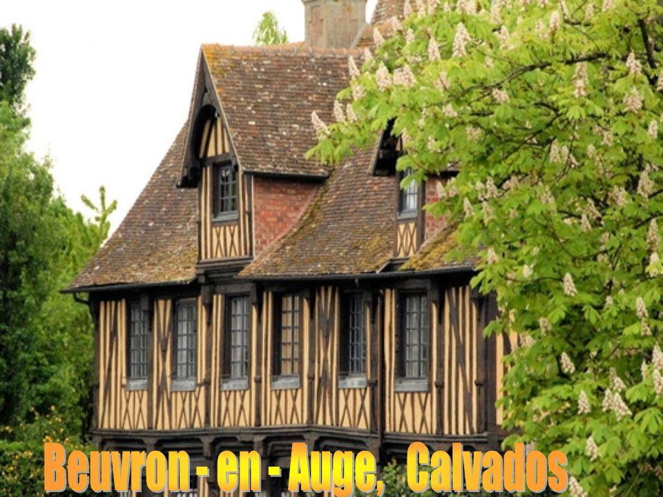 Bruniquel, Tarn et Garonne, dévoile une architecture fortifiée ancestrale