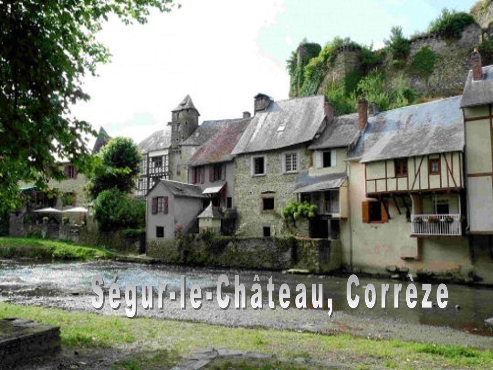 Saint-Guilhem-le-Désert, Hérault à 40 kilomètres de Montpellier