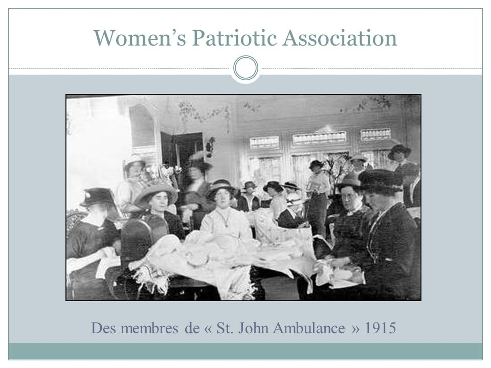 Womens Patriotic Association Des membres de « St. John Ambulance » 1915