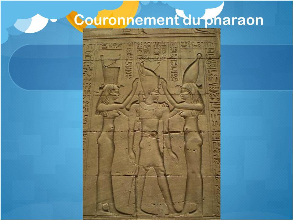 Couronnement du pharaon