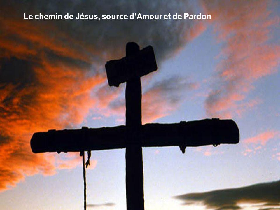 Cinquième station Jésus rencontre sa Mère.