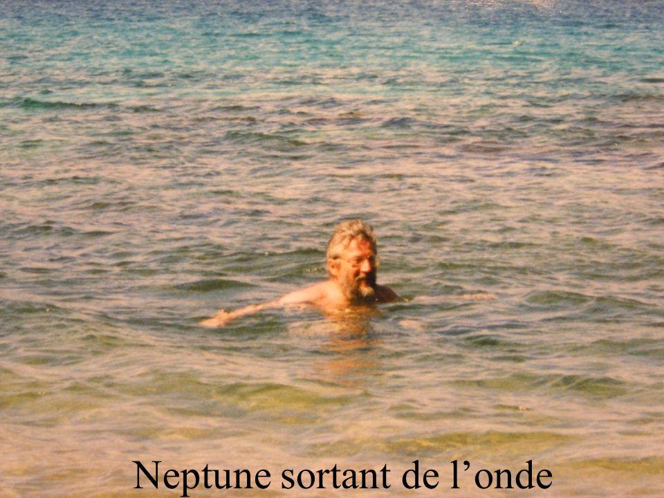 Neptune sortant de londe