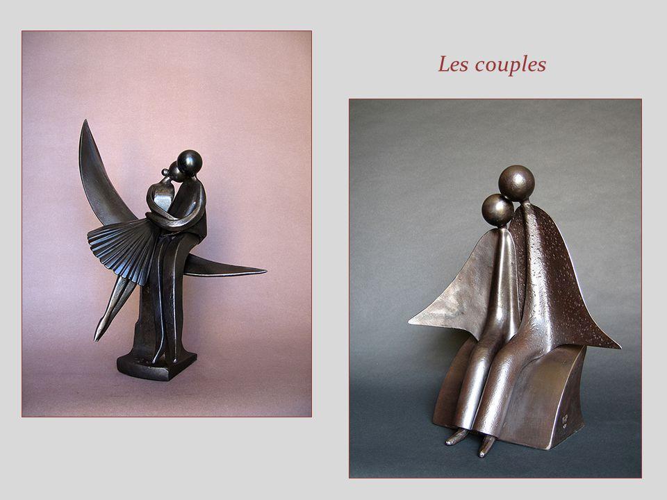 Dans la série des couples Essayez de deviner dans les sculptures de ce diaporama, les objets ou outils utilisés ! Vous verrez que ce nest pas si facil