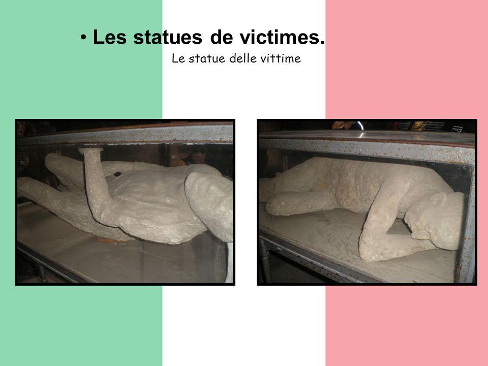Les statues de victimes. Le statue delle vittime