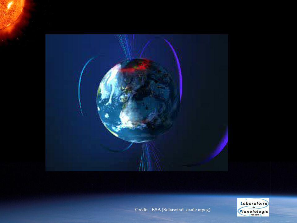 Crédit : ESA (Solarwind_ovale.mpeg)