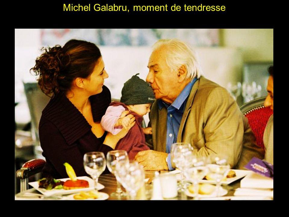 Michel Galabru et sa petite fille Jana