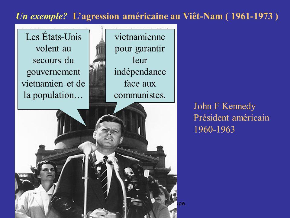 Robert Aird, EDU 7492, Groupe 20 Les dirigeants américains utilisent, depuis laprès-guerre, plusieurs regroupements de prétextes pour justifier leurs agressions contre dautres pays Quels sont ces prétextes.