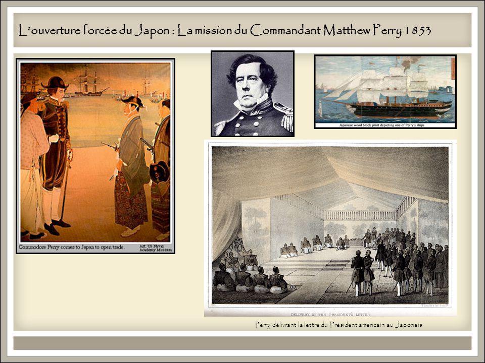 Louverture forcée du Japon : La mission du Commandant Matthew Perry 1853 Perry délivrant la lettre du Président américain au Japonais