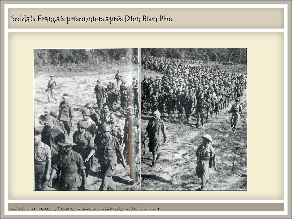 Soldats Français prisonniers après Dien Bien Phu De lIndochine au Vietnam.