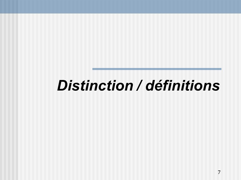 8 Indicateurs: assurent le suivi du programme (système dinformation) Évaluation de programme: identifie les problèmes, porte un jugement et formule des recommandations Indicateurs de performance / Évaluation de programme