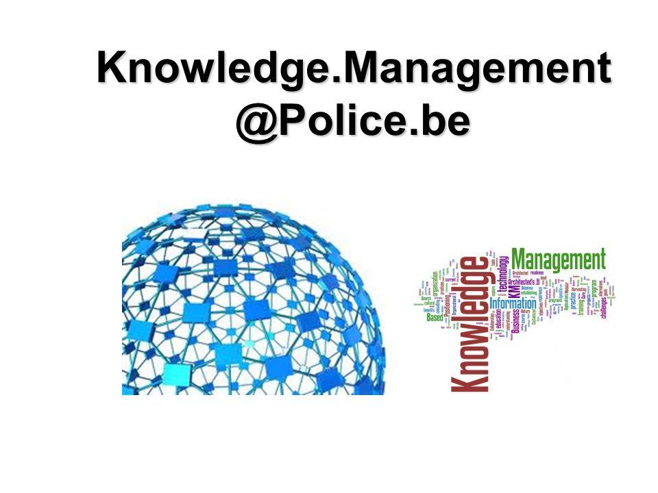 La police belge Police intégrée structurée à 2 niveaux : –Police fédérale Commissariat général 3 directions générales 27 directions déconcentrées –Police locale 195 zones de police