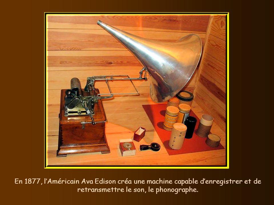 Illustrations techniques de composants de téléphone conçus par Bell et Edison.